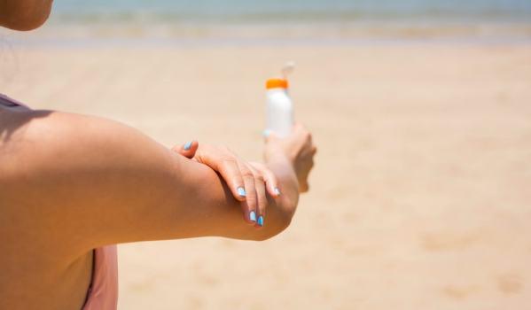 4 dicas práticas para se proteger das queimaduras de sol